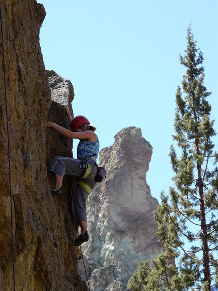 Heather D on Rope your Dope Block at Smith Rock.