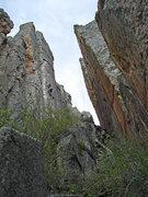 Rock Climbing Photo: View from bottom of Vestibule. Tabula Rasa, on lef...