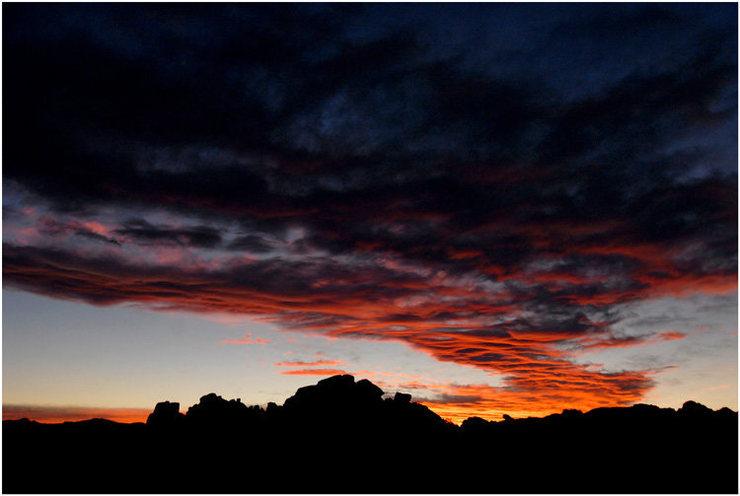 Sunset over Real Hidden Valley, November 2007