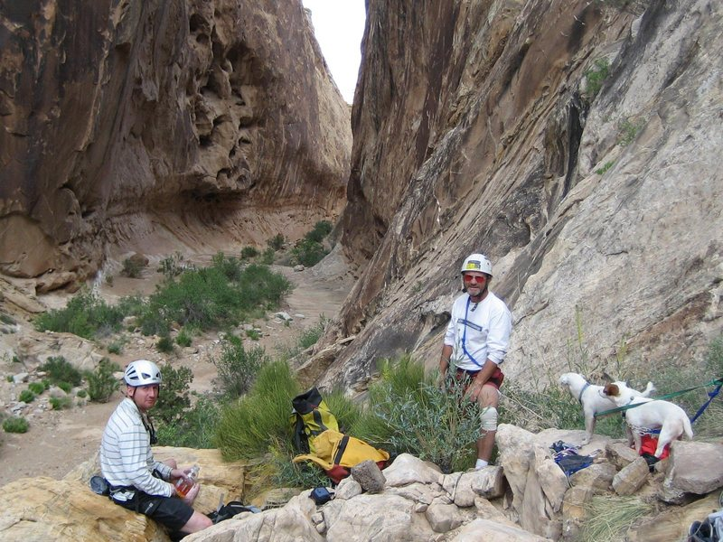 Rock Climbing Photo: Andy ,Paul and the terriers At the foot of  the Da...