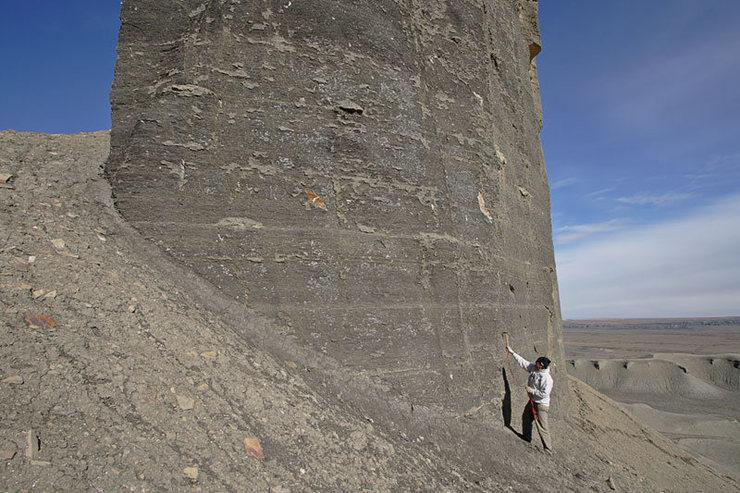 Rock Climbing Photo: Mancos shale at its finest.