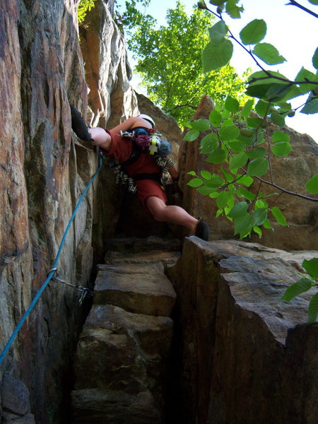 Rock Climbing Photo: Top half of P1 of Betty. At te Gunks, you have to ...
