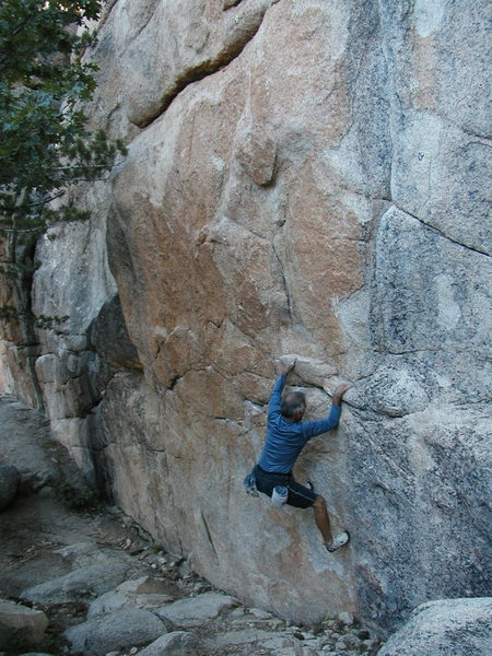 Pete on the right side of The Hungover Traverse (V4), Keller Peak