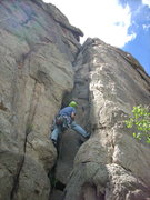 Rock Climbing Photo: Very easy beginning chimney moves with a wide crac...