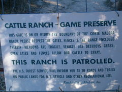 Rock Climbing Photo: Sign at the end of the road near the trailhead, Co...