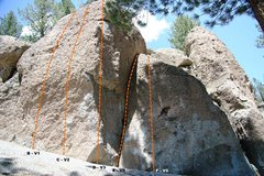 Rock Climbing Photo: Deadman I, Center Block - Left Topo