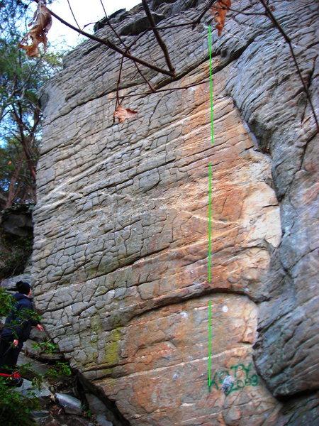 Rock Climbing Photo: Jeep Streak, holds out side of the orange streak c...
