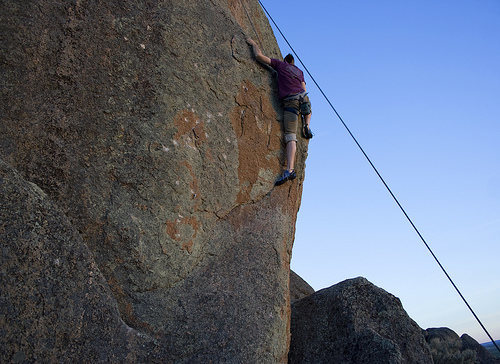 """Rusted Bolts wall<br> """"Psychogenic Fugue"""" 5.10b"""