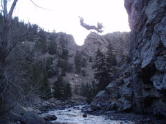 Rock Climbing Photo: Kevin Fox way above Clear Creek.