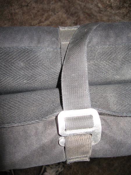 Aluminum pad buckle