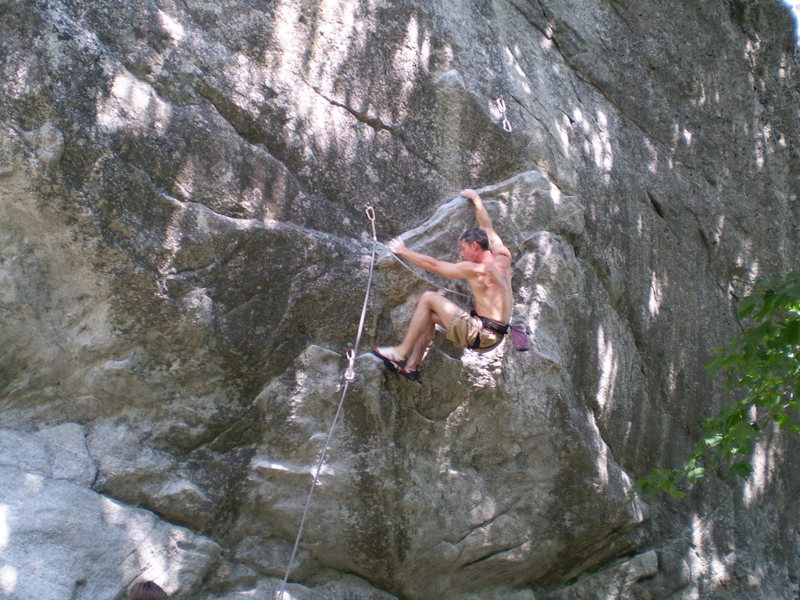 Rock Climbing Photo: Jim Day looking strong on 2 shaved heads