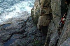 Rock Climbing Photo: Black Crack, Acadia National Park