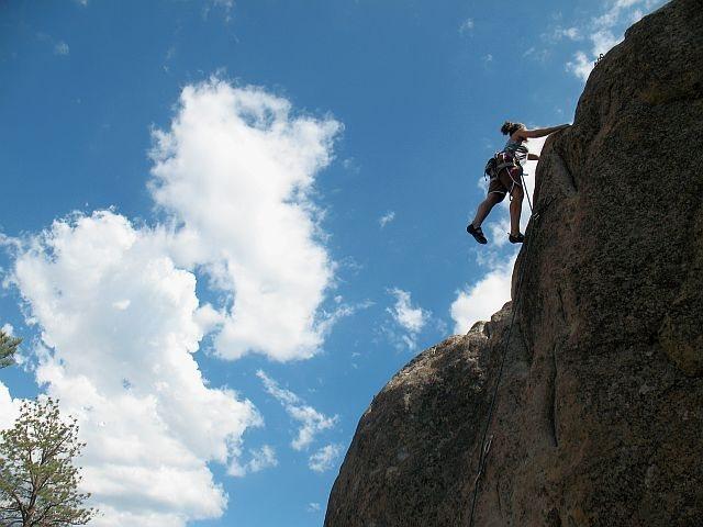 Rock Climbing Photo: Susan at the anchors on Real Men of Genius (5.10b)...