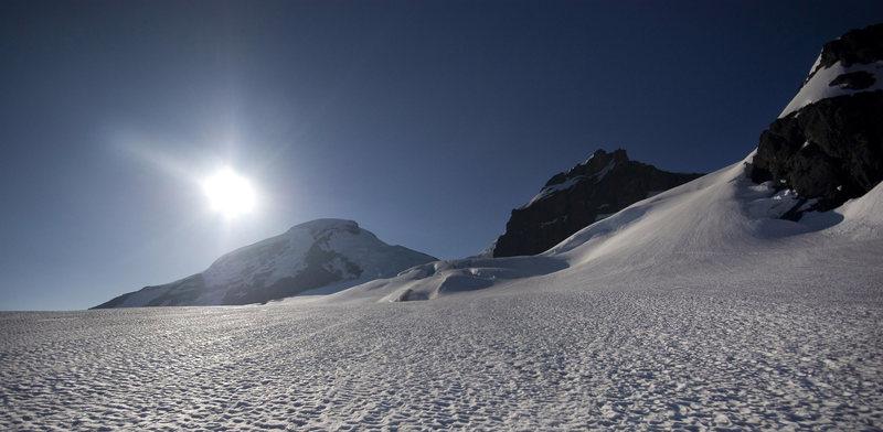 Rock Climbing Photo: Mt. Baker. Morning sun on Coleman-Deming approach.