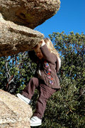Rock Climbing Photo: Gigi pullin' down at Windy Point