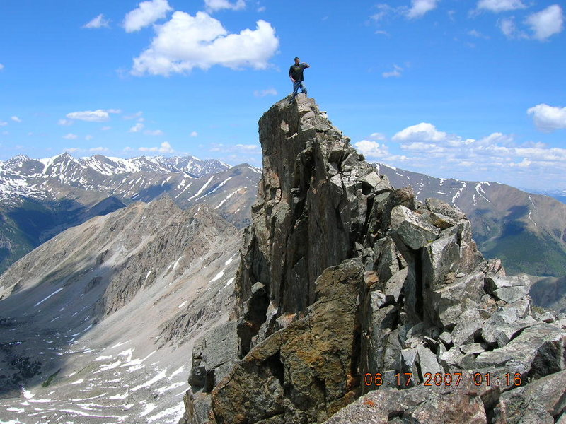 Rock Climbing Photo: On the ridge crest at 13.