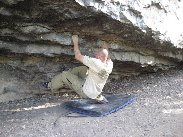 Rock Climbing Photo: Low ball at Big block (pic 1 of 6)