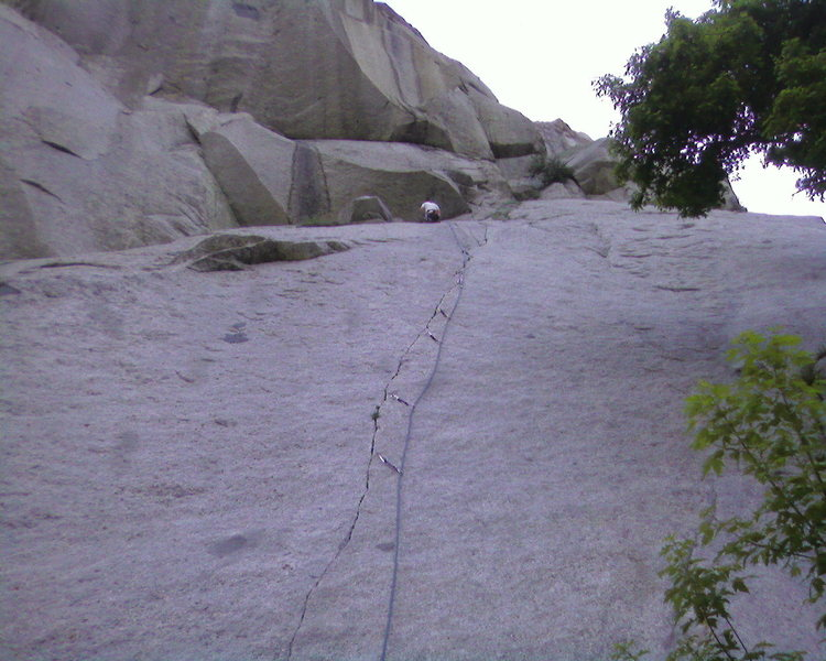 Rock Climbing Photo: Hoskins at the Chains of Green Adjective.  What a ...
