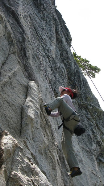 Rock Climbing Photo: Kyoko highstepping Horseman
