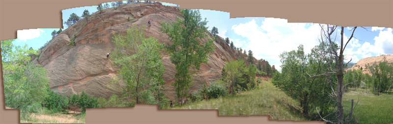 Rock Climbing Photo: Panorama of climbers on the south end of east wall...