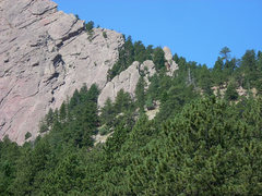 Rock Climbing Photo: Closeup of the First Flatironette with the huge fa...