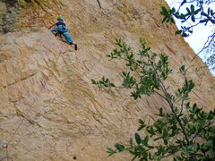 Rock Climbing Photo: The bottom is pretty thin, but there's a huge rest...