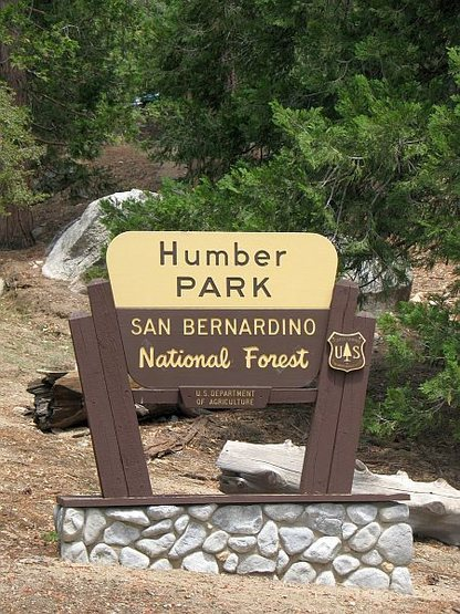 The sign at the entrance to Humber Park(ing lot), Idyllwild