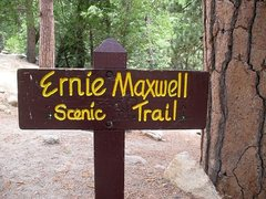 Rock Climbing Photo: Ernie Maxwell Scenic Trail sign, Humber Park