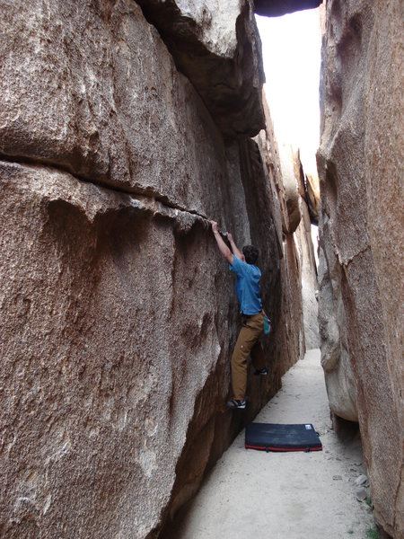 Rock Climbing Photo: Me on Walking Mexican Down the Hall, Real Hall of ...