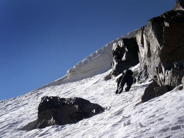 Rock Climbing Photo: Photo of Ryan just before a left traverse so we co...