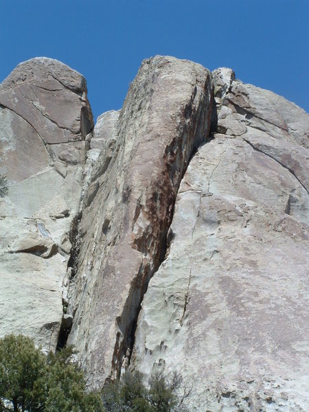 good look at Red Rib, the obvious red arete in the middle of the photo