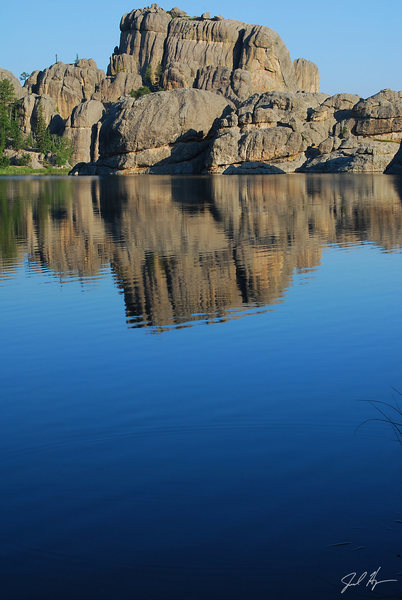 Rock Climbing Photo: Smooth Lake with no boats.
