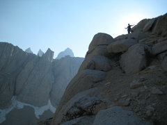 Rock Climbing Photo: Duke on the East Arete of Russell