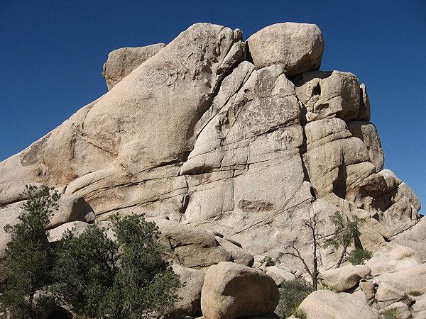 Rock Climbing Photo: Chimney Rock-East Face. Photo by Blitzo.