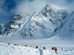 Rock Climbing Photo: Kahiltna Base Camp with the Moonflower Buttress of...