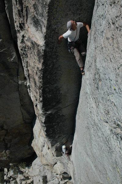 Rock Climbing Photo: Josh Higgins on the Green Arch (5.11c)