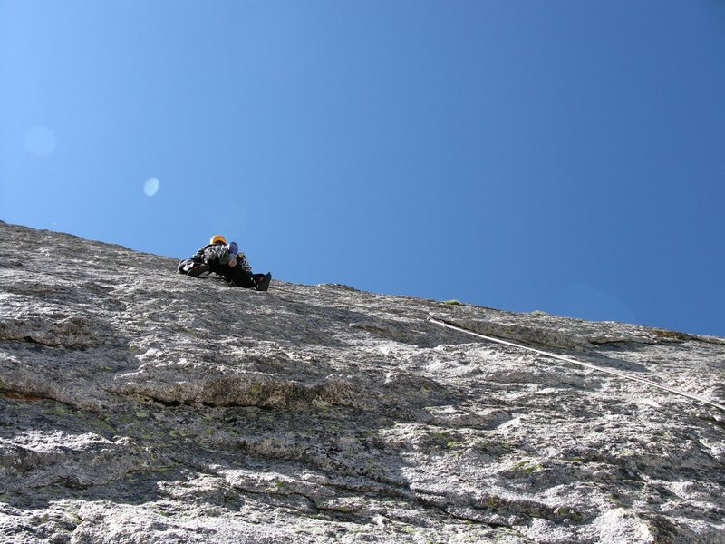 Anders just above the crux moves on the 3rd pitch.
