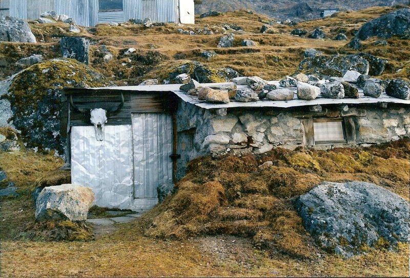 Rock Climbing Photo: A hut at the HMI basecamp, Sikkim.