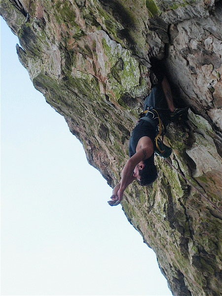 Rock Climbing Photo: Mikie Elias getting the no hands rest.