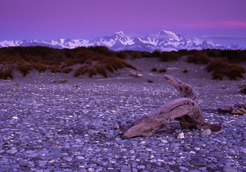 Rock Climbing Photo: The Southern Alps seen from Gillespies Beach