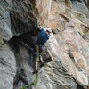 the low crux roof that you must do to gain the more fun crack above...