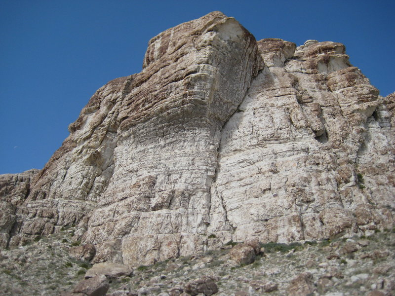 Rock Climbing Photo: The cliffs above the bouldering at Ibex.