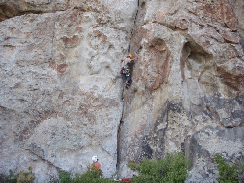 the lower section; great holds to the right for comfortable stances and gear placements