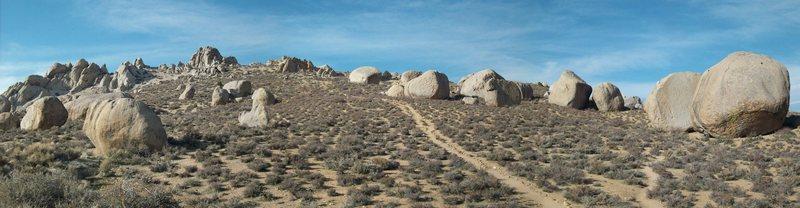 Rock Climbing Photo: Muy Bueno! The Buttermilks, Bishop, CA.