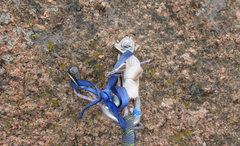 Rock Climbing Photo: The midway rap anchor for those of us with only 1 ...