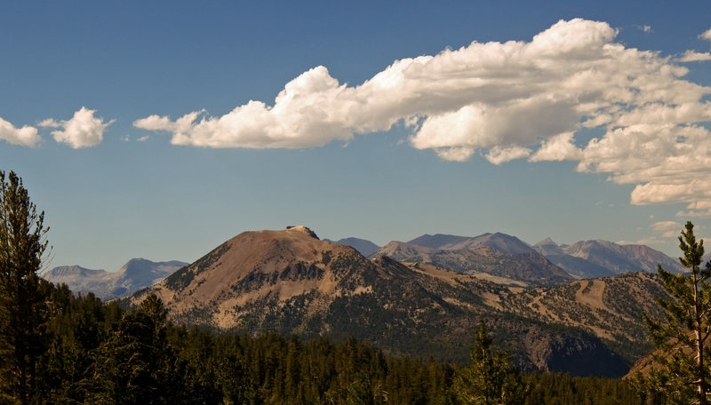 Rock Climbing Photo: Mammoth Mountain from the Duck Pass Trail