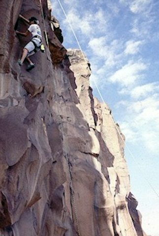 <br> Marino Gonzales free soloing next to a perfectly functional top rope(in between routes #3 and #4 on Halladay's photo topo.)