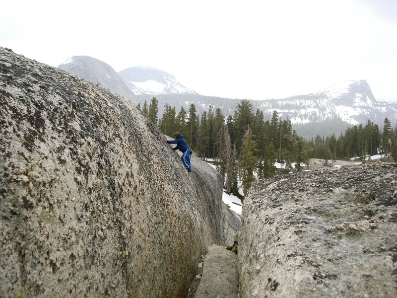 Rock Climbing Photo: Justin 'Juicer' MacAskill soloing around the East ...