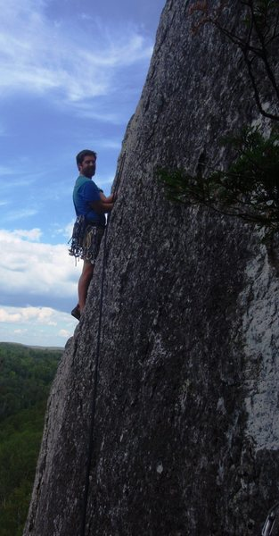 Jon leading the hand crack at the top of Jack be Nimble