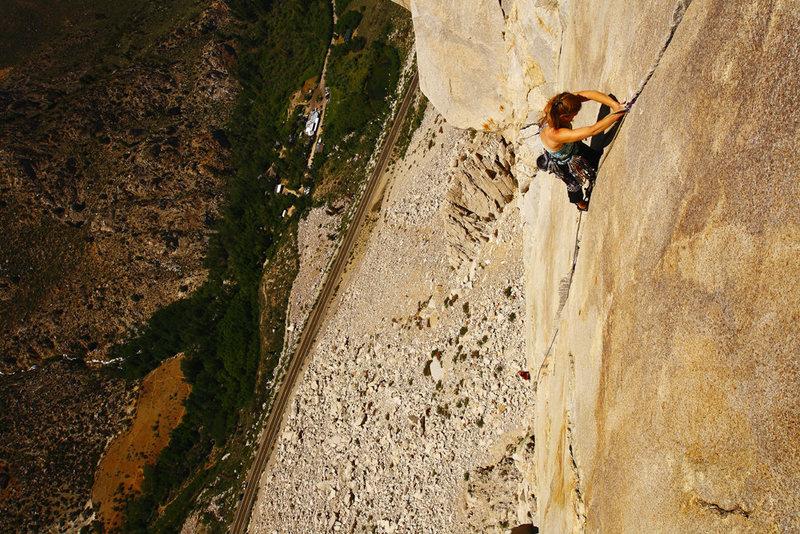 Cucumbers (5.10a) on Cardinal Pinnacle. Climber: Caroline Schaumann.